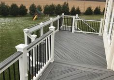 Wonderful Outdoor Backyard Deck Ideas to Inspire You For Small Space #deckideas ...