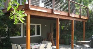 Zusammenpassendes zweites Geschichten-Deck mit Kabel-Geländer Woodland Hills C...