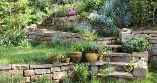 Gärten aus Stein können sich verschiedenen Grundstücksgrößen optimal anpass...